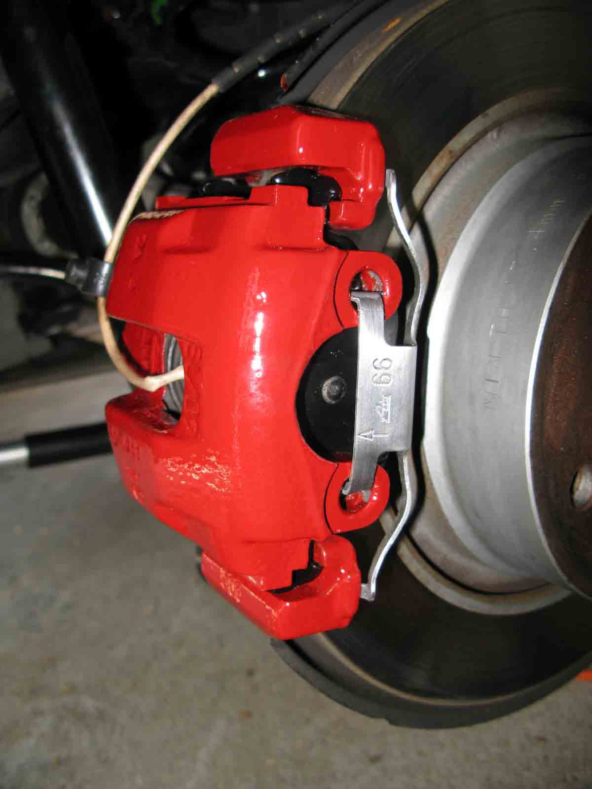 Z4 Caliper Painting With Epoxy Paint Diy